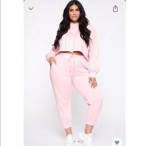 Fashion nova pink sweatsuit